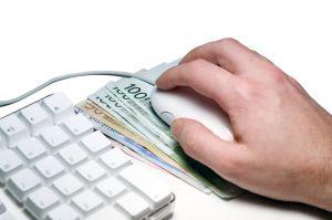 Casal vende os filhos para jogar na Internet. (Foto: Reprodução)