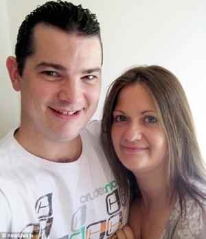 Casal se conheceu via SMS (Foto: Reprodução)