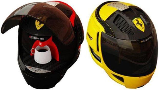 Nespresso em formato de capacete de Fórmula 1 (Foto: Divulgação)