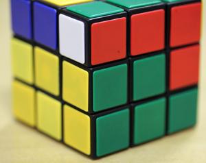 Imagem 7: peça lateral na posição correta (Foto: Reprodução)