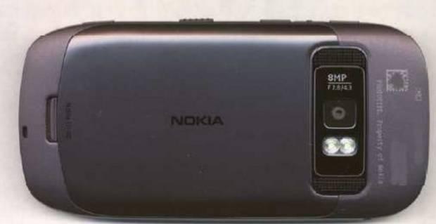 Suposto Nokia 701 (Foto: MyNokiaBlog)