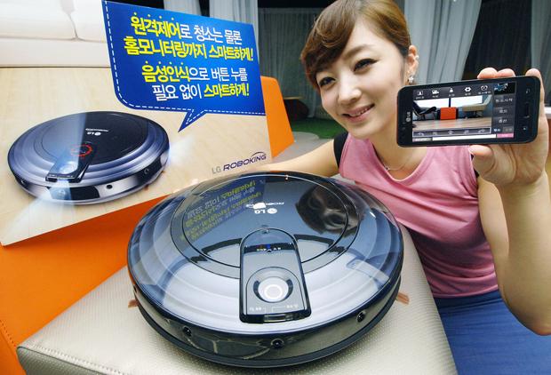 Aspirador de pó robô da LG faz o trabalho sujo sozinho (Foto: Divulgação)