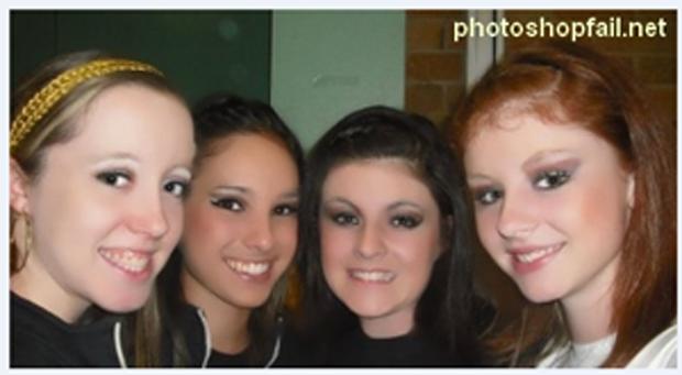 """""""Meninas, vamos nos maquiar e pedir para aquele nerd da escola melhorar a imagem no Photoshop?"""" (Foto: Reprodução)"""