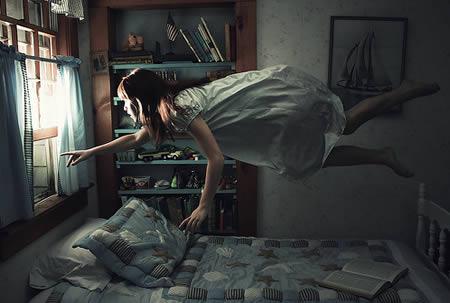 Mulher voadora (Foto: Reprodução)