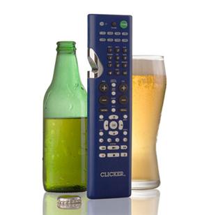 Controle universal com abridor de cerveja (Foto: Reprodução)