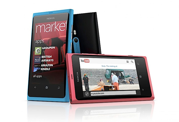 Nokia Lumia 800 (Foto: Divulgao)