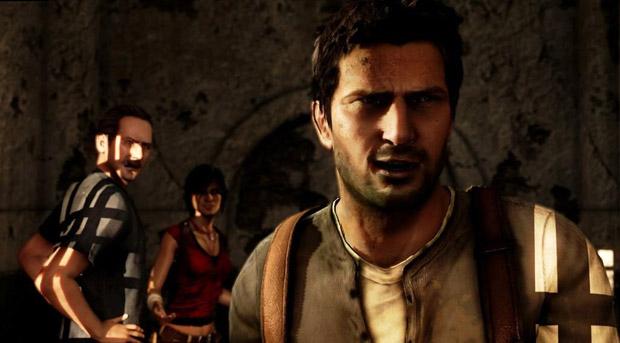 O protagonista Nathan Drake, em primeiro plano, com Sully e Chloe atrás (Foto: Divulgação)