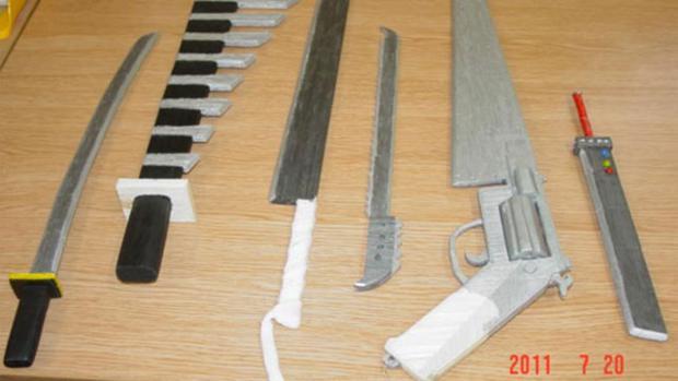 Armas criadas por presidiário foram baseadas na série Final Fantasy (Foto: Kotaku)