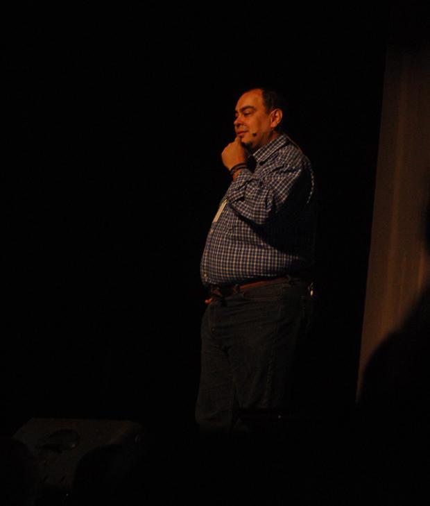 Roberto Comodo fala de composição de imagem no Estúdio Brasil 2011, em SP. (Foto: Juliana Sousa)