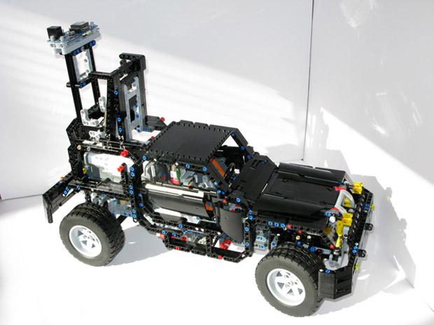 Carro Google Street View feito de LEGO. (Foto: Divulgação)