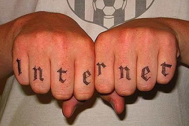 Tatuagem Internet (Foto: Reprodução)