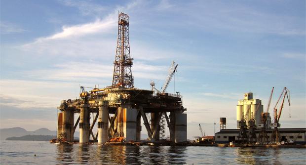 Plataforma de petróleo (Foto: Reprodução/Stock.XCHNG)