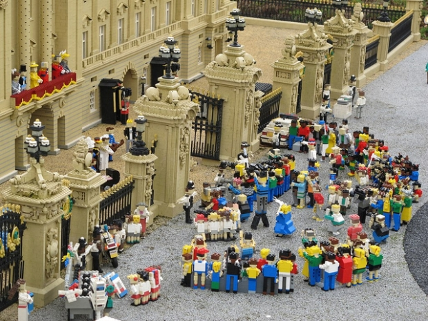 Lego Royal wedding