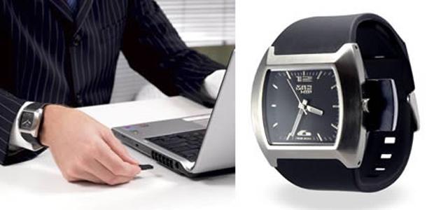 Pendrive Relógio (Foto: Reprodução)