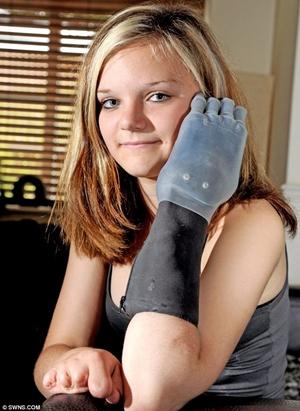 Chloe Holmes (Foto: Reprodução)