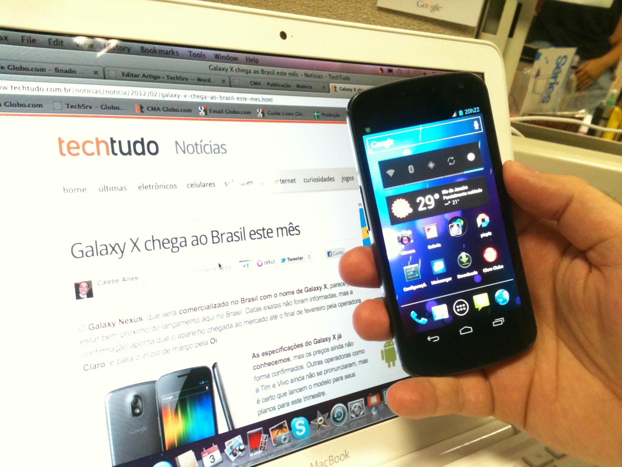 Galaxy X, ou Galaxy Nexus, como é conhecido lá fora (Foto: Allan Melo/TechTudo)