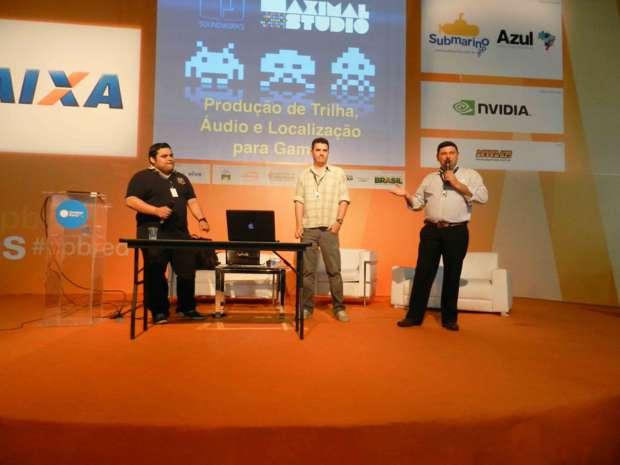 Thiago Adamo (esq.), Cristiano Prazeres e Moacyr Alves (Foto - Alexandre Silva - TechTudo)