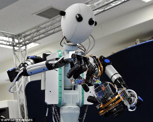 Robô Telesar V (Foto: Reprodução/AFP/Getty Images)
