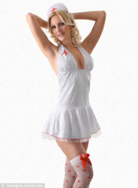 Anúncio de hospital na Suécia busca por enfermeiras sexy (Foto: Reprodução/MailOnline)