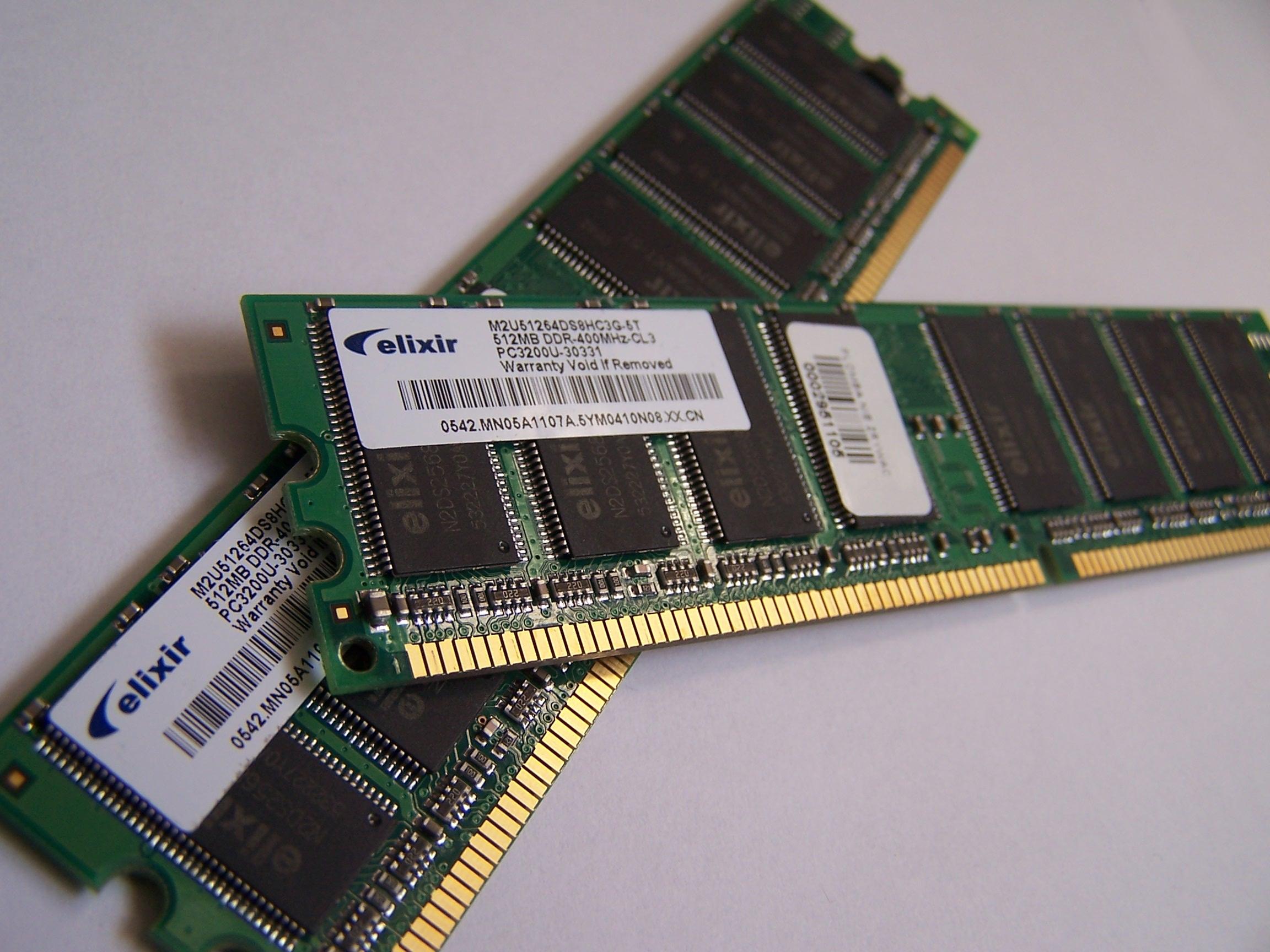 Memory_module_DDRAM_20-03-2006 (Foto: Memory_module_DDRAM_20-03-2006)