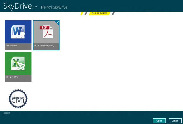 Abrindo arquivo do SkyDrive (Foto: Reprodução/Helito Bijora)