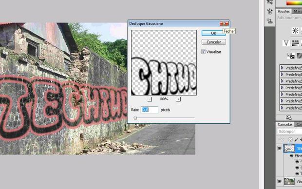 Efeito grafite no Photoshop: terceiro passo é desfoacar imagem (Foto: Reprodução/Isabela Catão)