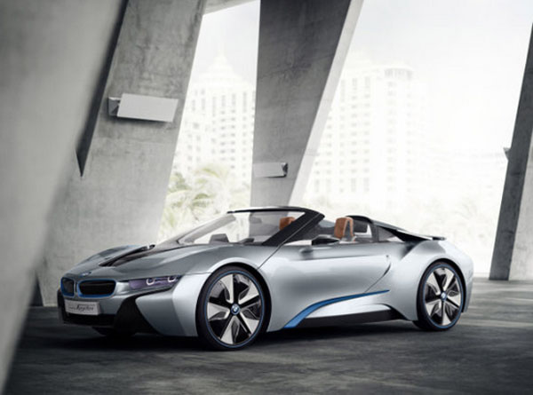 Carro conceitual da BMW, i8 Spyder, será apresentado dia 23 de Abril na China (Foto: Reprodução)