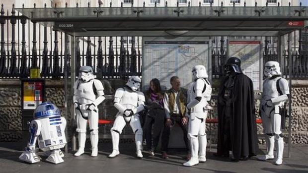 Lançamento de Kinect Star Wars faz o Império invadir Londres (Foto: MSXbox World)