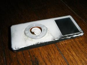 Caso de iPod Nano que explodiu (Foto: Reprodução)