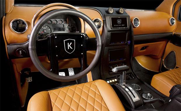 Knight XV tem interior de luxo e blindagem externa (Foto: Divulgação)