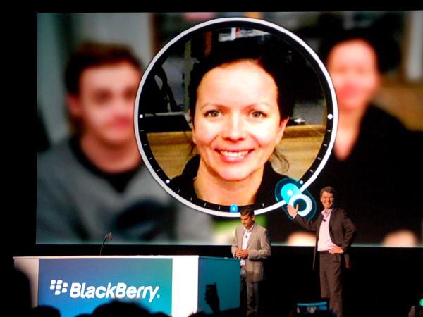 Câmera do BlackBerry 10 promete fazer milagres (Foto: Divulgação) (Foto: Câmera do BlackBerry 10 promete fazer milagres (Foto: Divulgação))