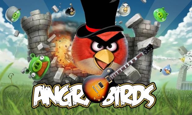 Angry Birds é o atual vício de Slash (Foto: Reprodução/Felipe Vinha)