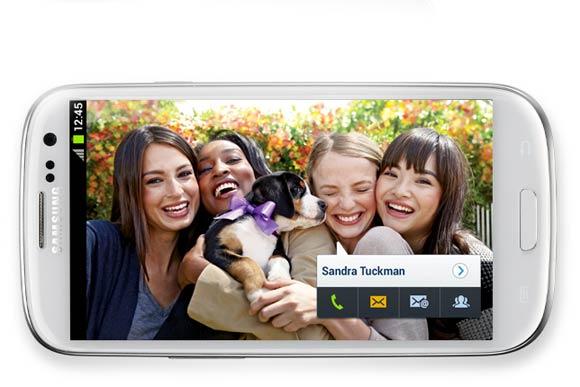 Social Tag permite ligações e sms também (Foto: Divulgação)