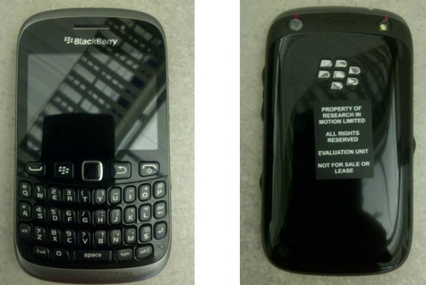 Este é o novíssimo e misterioso BlackBerry Curve 9320 (Foto: Reprodução)