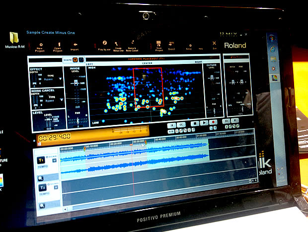 Software de edição de áudio R-MIX, da Roland (Foto: André Iunes Pinto)