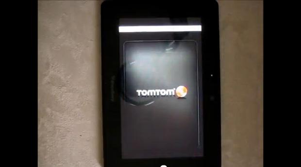 App TomTom do iOS rodando no BlackBerry Playbook (Foto: Reprodução/YouTube)