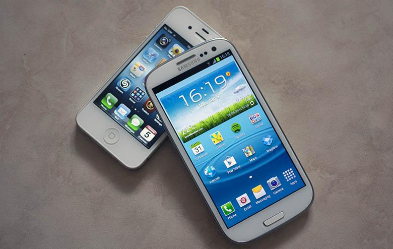 iPhone e Samsung Galaxy SIII no topo das vendas (Foto: Reprodução/ Pocketnow) (Foto: iPhone e Samsung Galaxy SIII no topo das vendas (Foto: Reprodução/ Pocketnow))