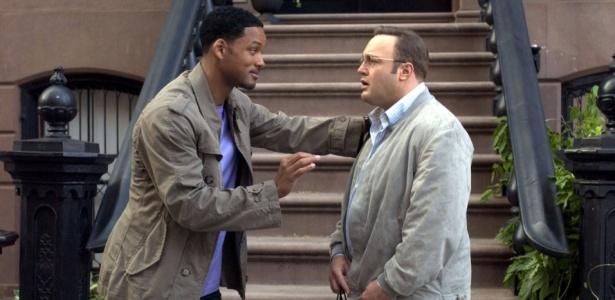 Hitch aconselhando um cliente (Foto: Reprodução)