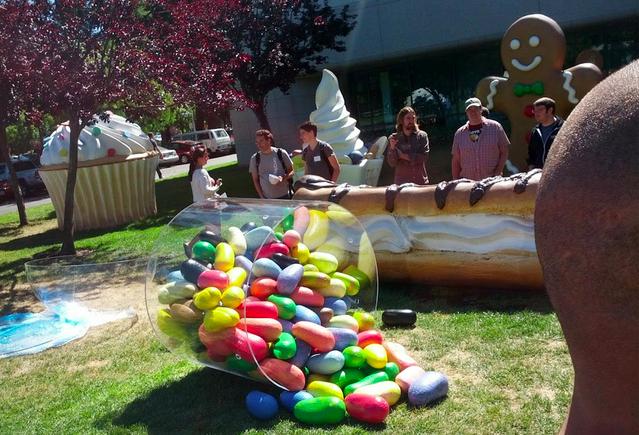 Estátua em homenagem ao Android Jelly Bean (Foto: Reprodução)