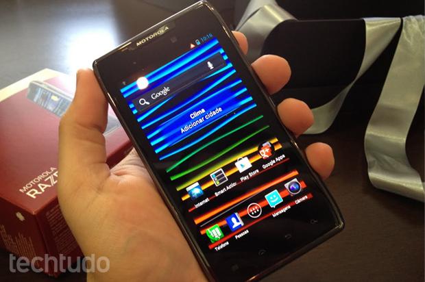 Motorola Razr Maxx (Foto: Rafael Silva / TechTudo)