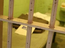 Menina de 16 anos grávida é presa depois de ameaças pelo Facebook (Foto: Reprodução)