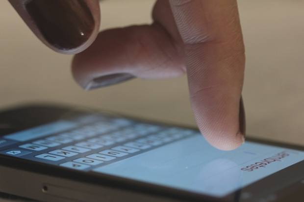 O iPhone chegou a fazer as canetas Stylus sumirem do mercado por um tempo (Foto: Allan Melo / TechTudo)