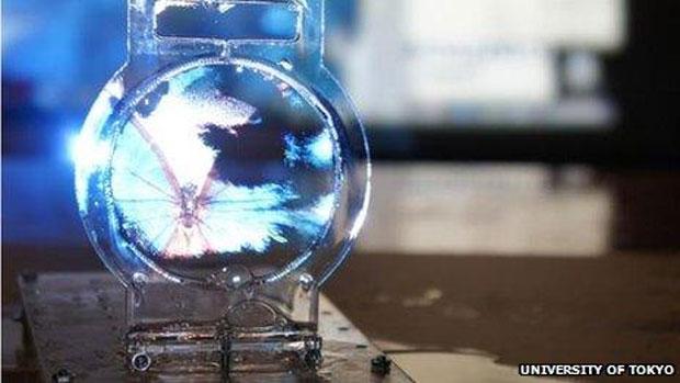 Técnica usa bolhas e ondas sônicas para moldar e projetar imagens (Foto: Reprodução)