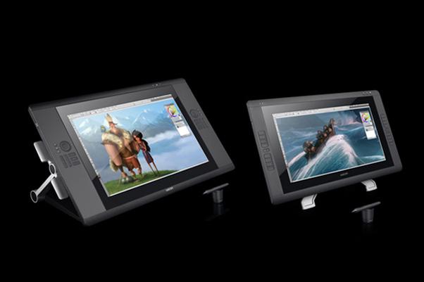 Wacom lança dois novos tablets para desenhistas e ilustradores ao lado direito a Cintiq 24 HD Touch e à esquerda a Cintiq 22HD Fonte Reproduçao