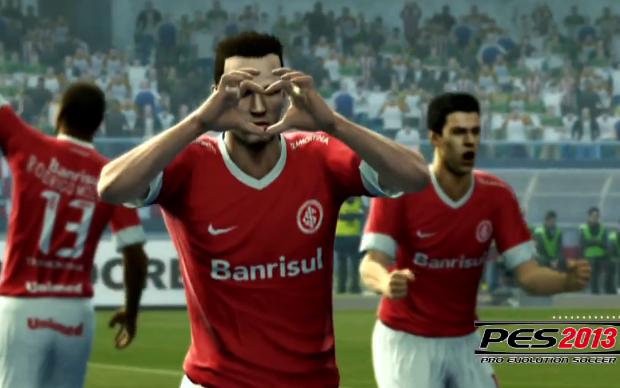 """Leandro Damião faz gol e mostra """"coraçãozinho"""" em PES 2013 (Foto: Reprodução)"""