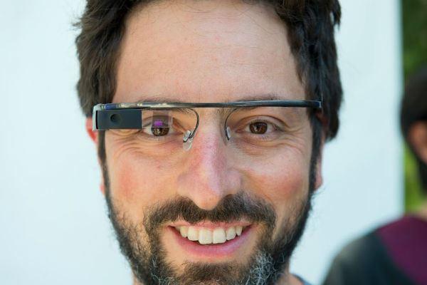Apple registrou patente semelhante ao Google Glass (Foto: Reprodução)