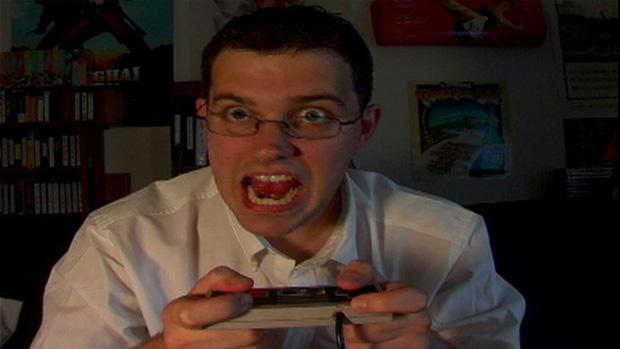 Angry VideoGame Nerd é campeão no arremesso de controle (Foto: Divulgação)