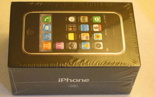 iPhone lacrado é vendido no eBay (Foto: Reprodução) (Foto: iPhone lacrado é vendido no eBay (Foto: Reprodução))