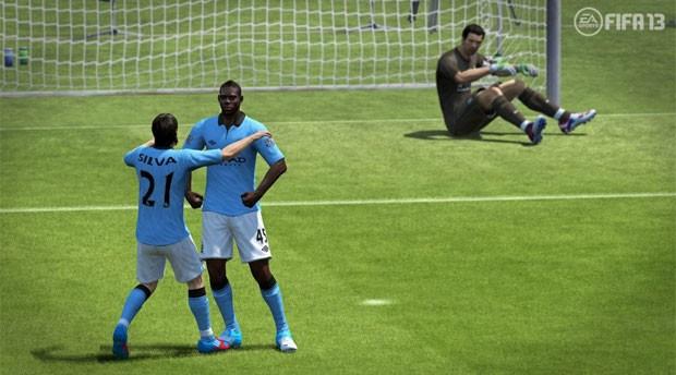 Mario Balotelli comemorando seu gol (Foto: Divulgação)