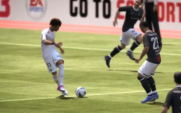 Neymar driblando em FIFA 13 (Foto: Reprodução)